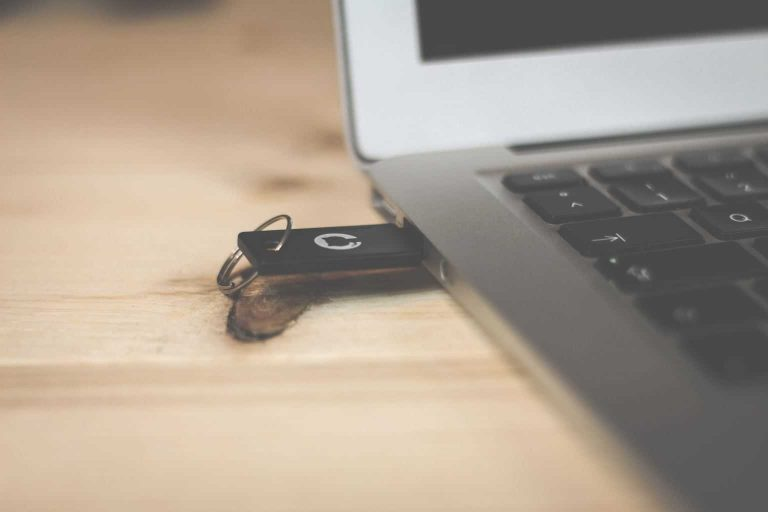 Внешний USB-накопитель не отображается на ПК: 10 способов решить эту проблему